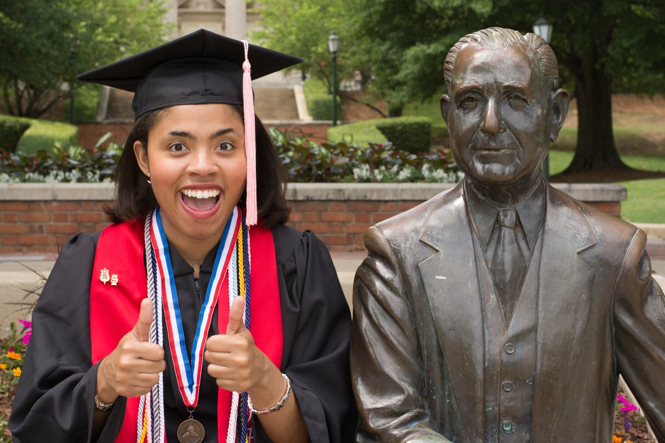 Samford University Graduation Photoshoot with Mr Beeson